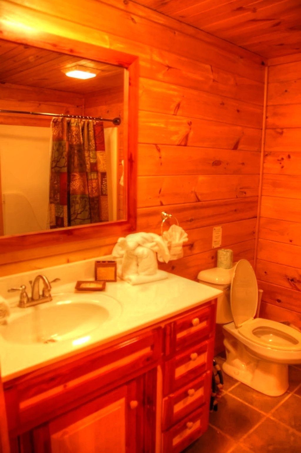 Photo of a Gatlinburg Cabin named Bear Den - This is the twentieth photo in the set.