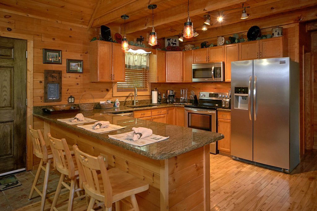 Photo of a Gatlinburg Cabin named Mountain Memories - This is the nineteenth photo in the set.