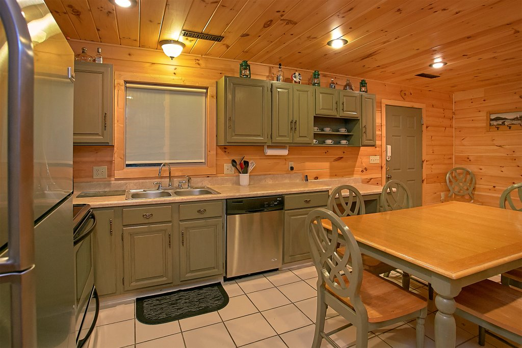 Photo of a Gatlinburg Cabin named Another Day In Paradise - This is the fifteenth photo in the set.