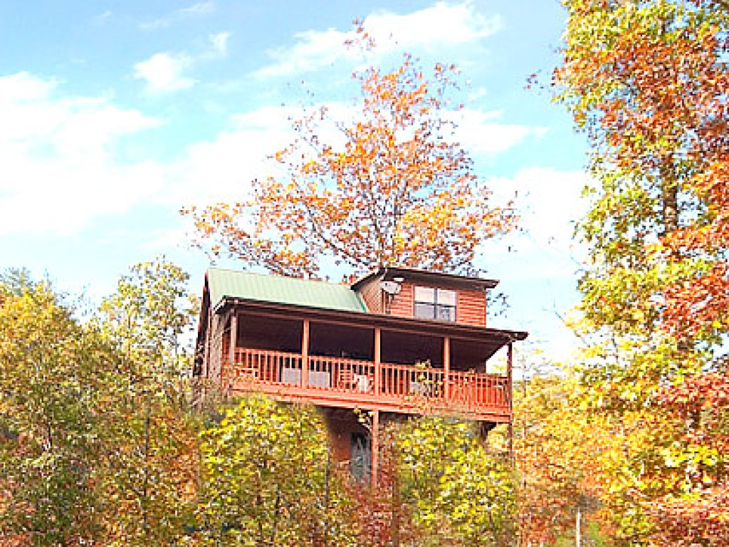 Photo of a Gatlinburg Cabin named Mountain Memories - This is the twenty-seventh photo in the set.