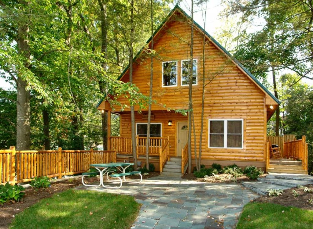 Photo of a Gatlinburg Cabin named Black Bear Hideaway Cabin - This is the first photo in the set.