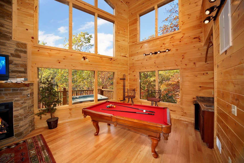 Photo of a Gatlinburg Cabin named Chalet D'amour - This is the fifth photo in the set.