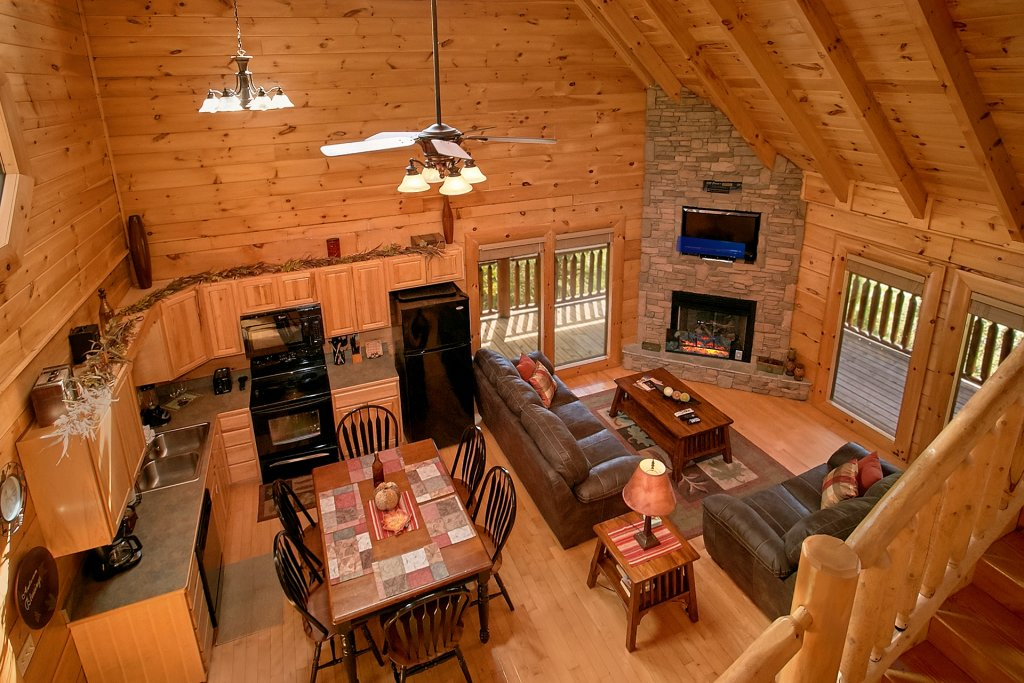Photo of a Pigeon Forge Cabin named Autumn Blessings - This is the twenty-seventh photo in the set.