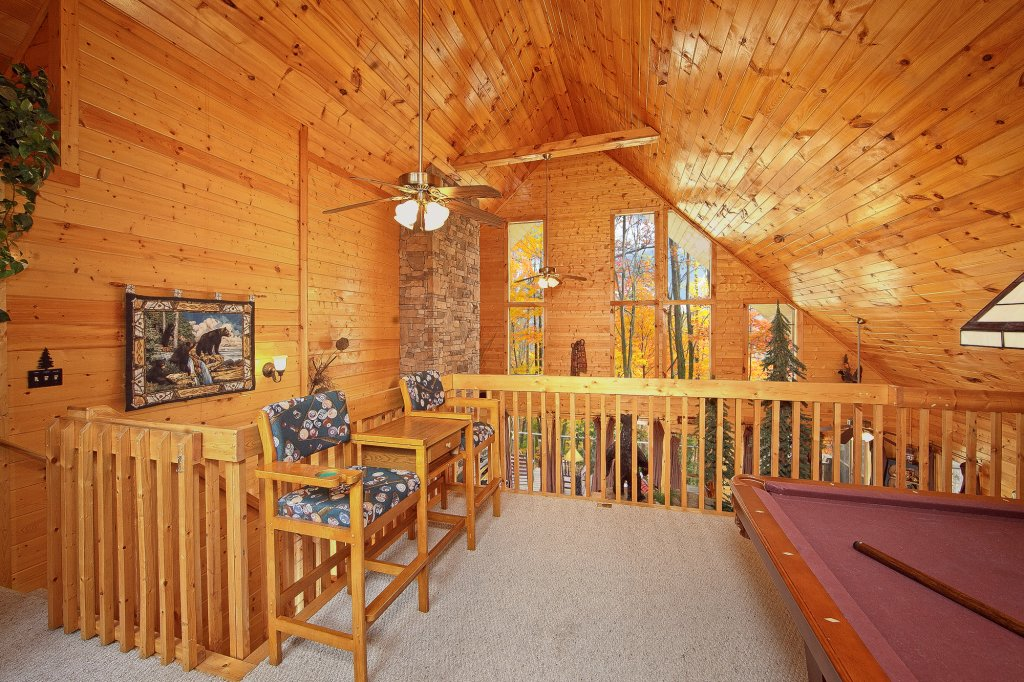 Photo of a Gatlinburg Cabin named Creeksong - This is the fifteenth photo in the set.