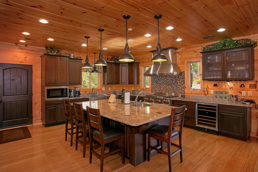 Photo of a Gatlinburg Cabin named Livin It Up - This is the fifteenth photo in the set.