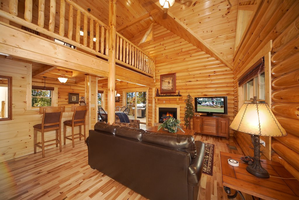 Photo of a Gatlinburg Cabin named Mountain Magic - This is the third photo in the set.