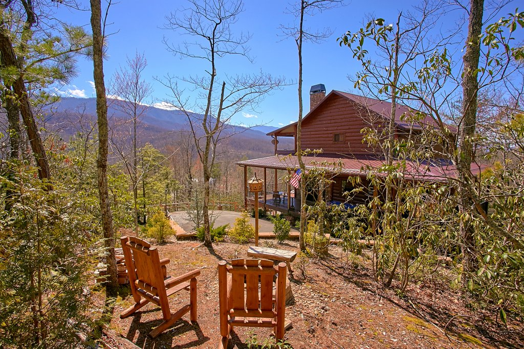 Photo of a Gatlinburg Cabin named Livin It Up - This is the eleventh photo in the set.