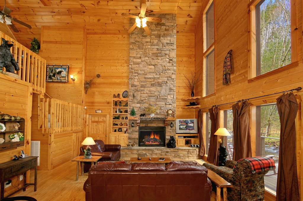 Photo of a Gatlinburg Cabin named Creeksong - This is the eighteenth photo in the set.