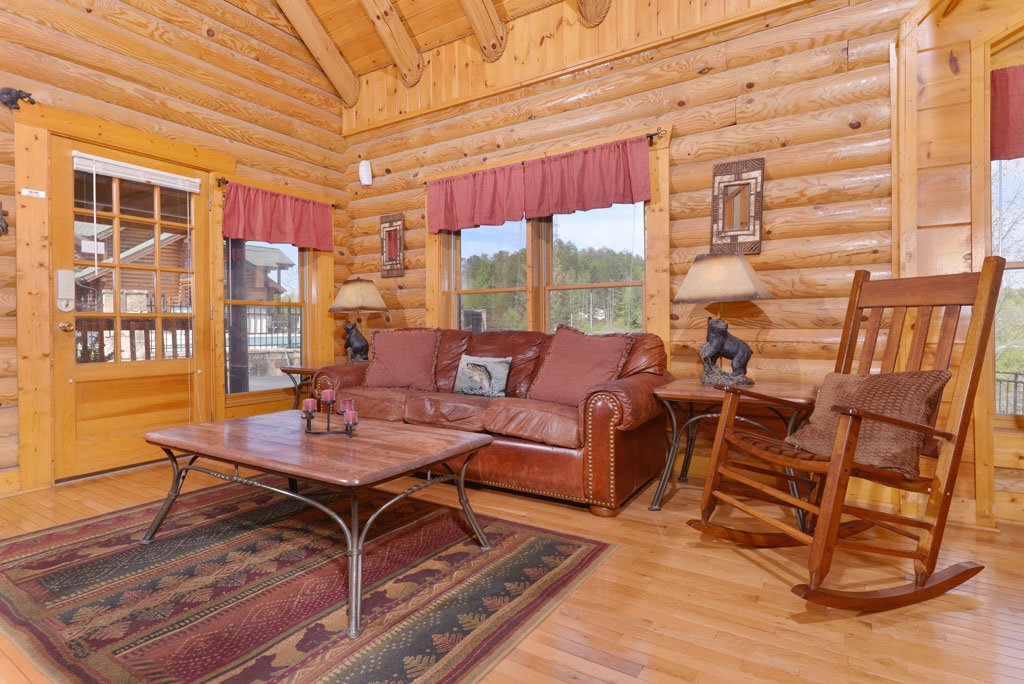 Photo of a Pigeon Forge Cabin named Cozy Bear Cove #288 - This is the thirteenth photo in the set.