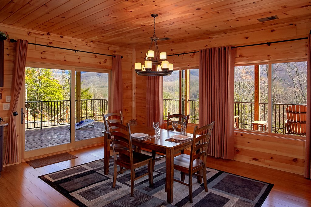 Photo of a Gatlinburg Cabin named Livin It Up - This is the sixteenth photo in the set.