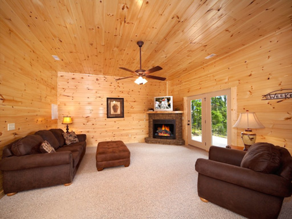 Photo of a Gatlinburg Cabin named Majestic Views - This is the eighth photo in the set.