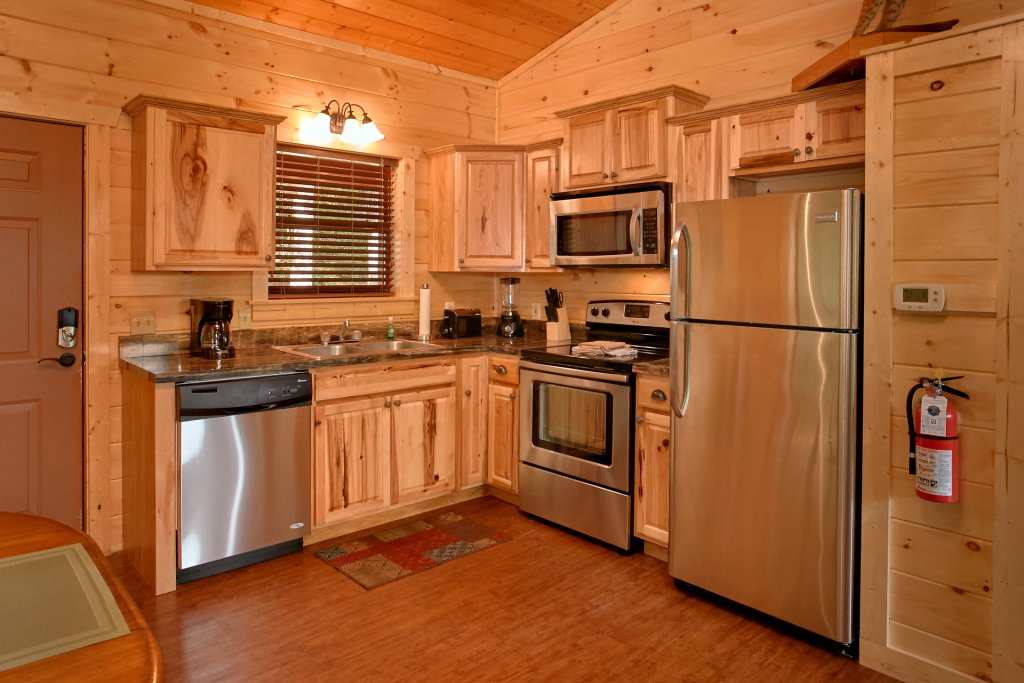 Photo of a Gatlinburg Cabin named Love Me True - This is the thirteenth photo in the set.