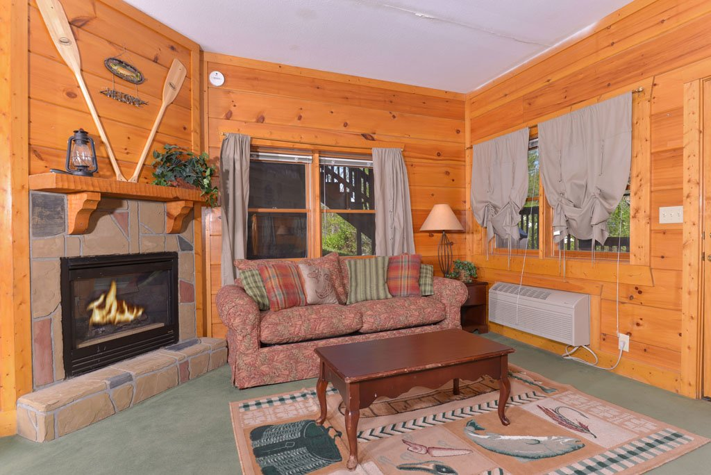 Photo of a Pigeon Forge Cabin named Cozy Bear Cove #288 - This is the twenty-seventh photo in the set.
