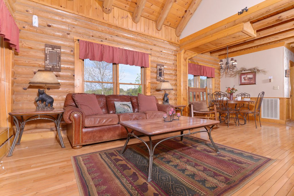 Photo of a Pigeon Forge Cabin named Cozy Bear Cove #288 - This is the twenty-second photo in the set.