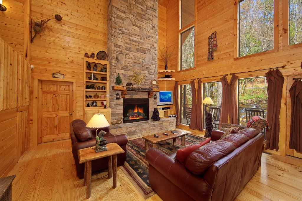 Photo of a Gatlinburg Cabin named Creeksong - This is the nineteenth photo in the set.