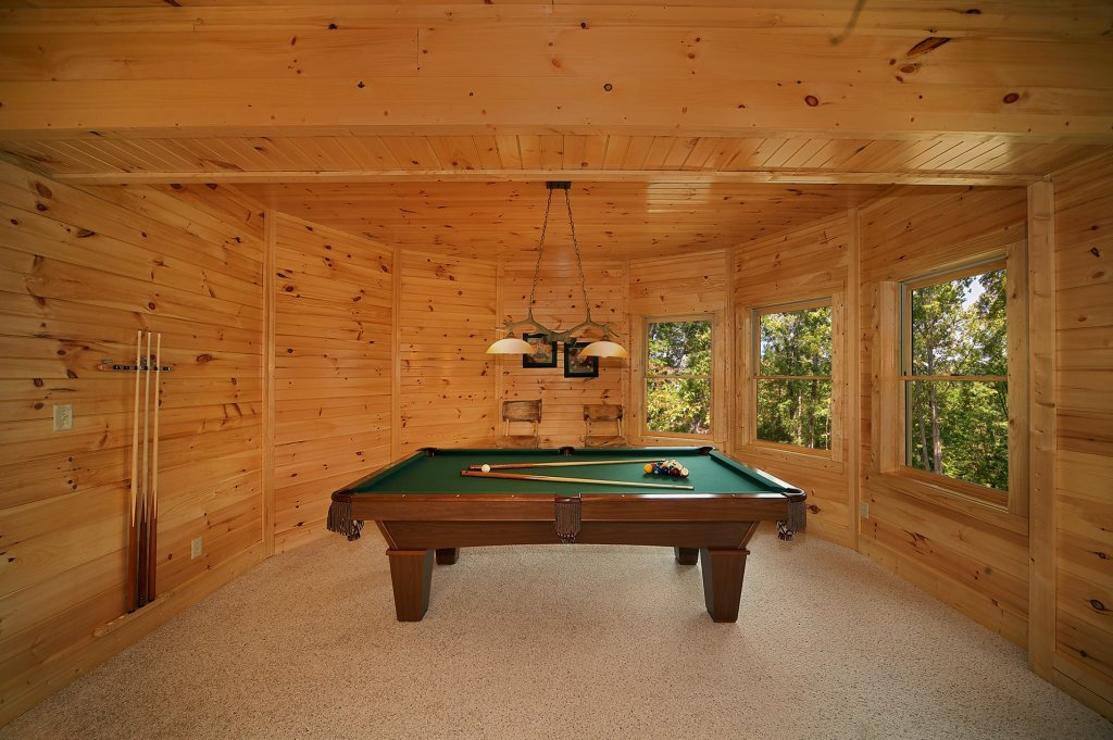 Photo of a Gatlinburg Cabin named Silvercreek - This is the fifth photo in the set.
