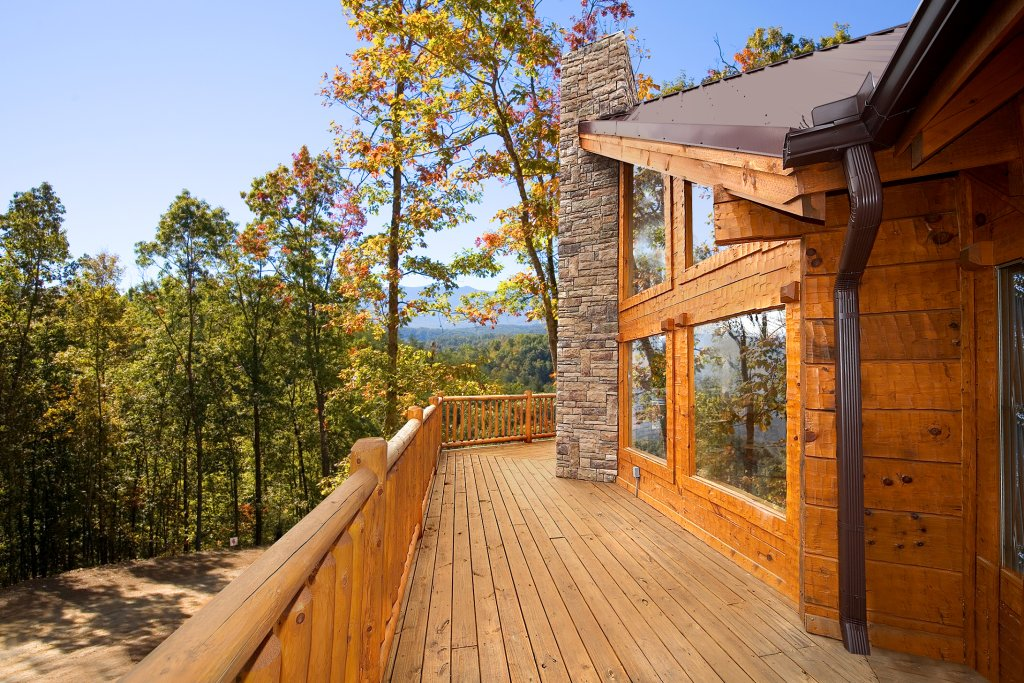 Photo of a Gatlinburg Cabin named Silvercreek - This is the fourth photo in the set.