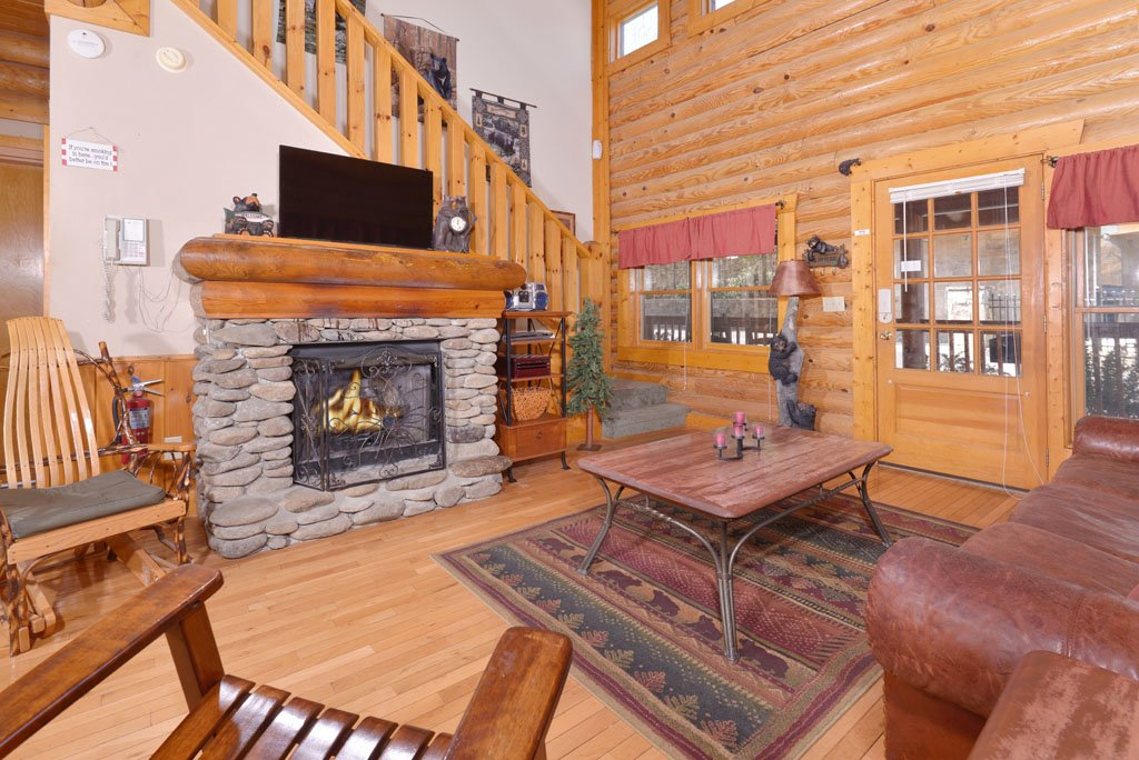 Photo of a Pigeon Forge Cabin named Cozy Bear Cove #288 - This is the twenty-third photo in the set.