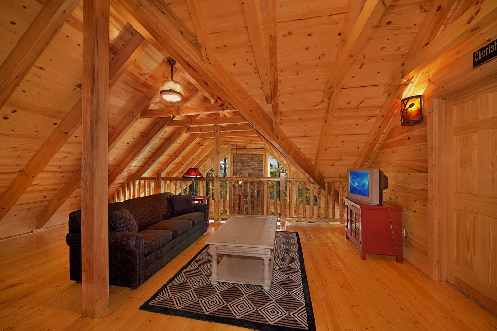 Photo of a Gatlinburg Cabin named Silvercreek - This is the eleventh photo in the set.