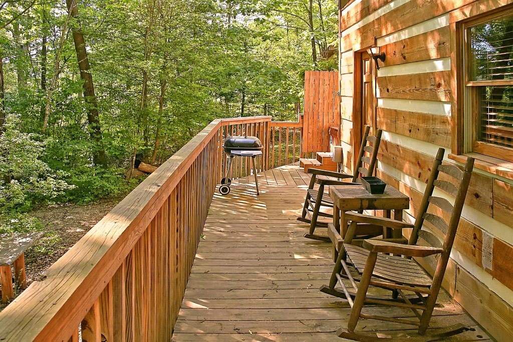 Photo of a Gatlinburg Cabin named Lots Of Lovin - This is the eighth photo in the set.