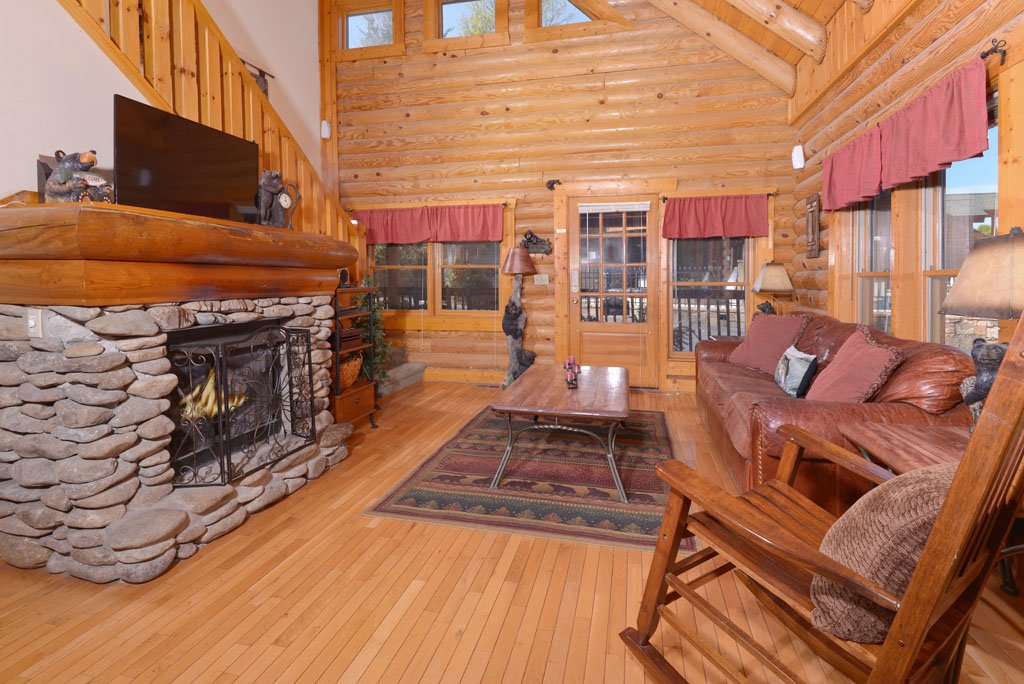 Photo of a Pigeon Forge Cabin named Cozy Bear Cove #288 - This is the thirty-second photo in the set.