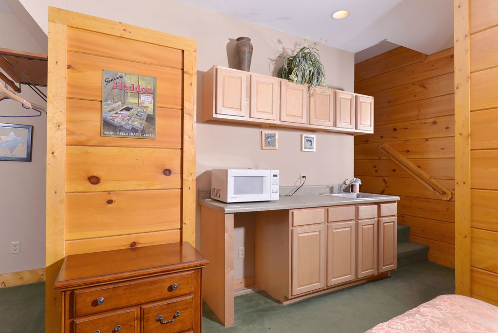 Photo of a Pigeon Forge Cabin named Cozy Bear Cove #288 - This is the thirty-first photo in the set.