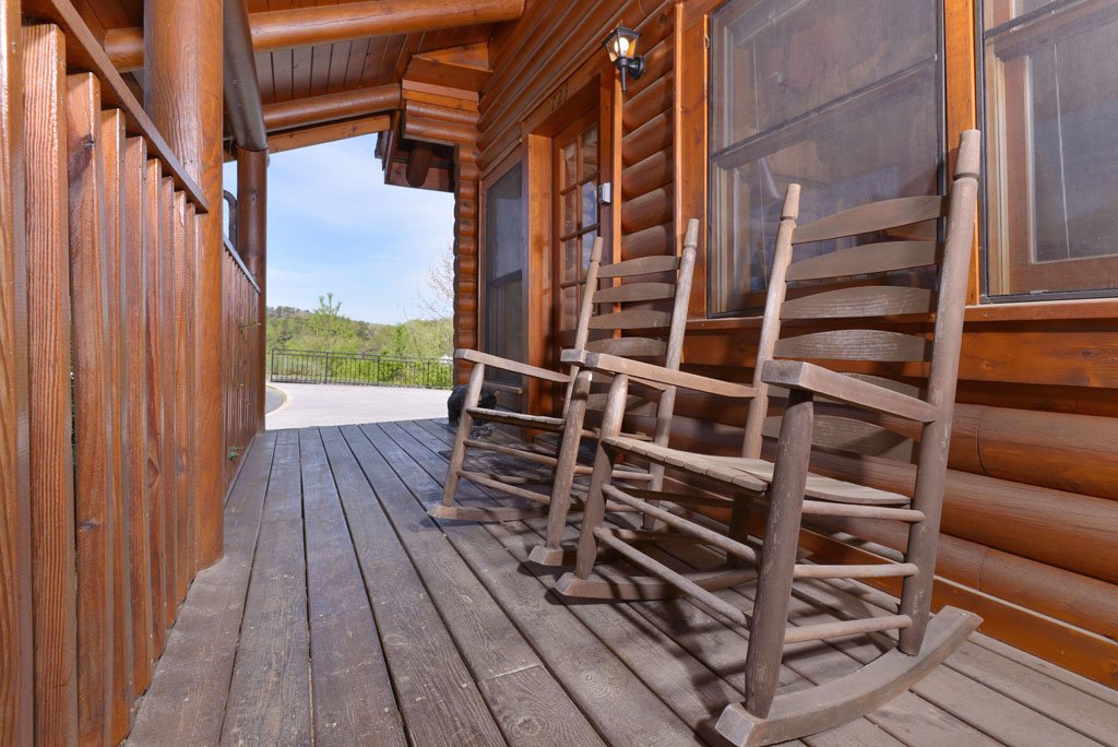 Photo of a Pigeon Forge Cabin named Cozy Bear Cove #288 - This is the sixteenth photo in the set.