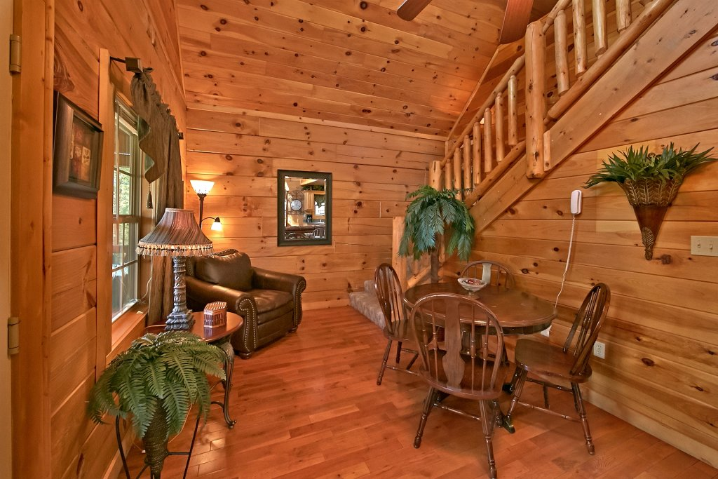Photo of a Gatlinburg Cabin named Mountain Splash - This is the ninth photo in the set.