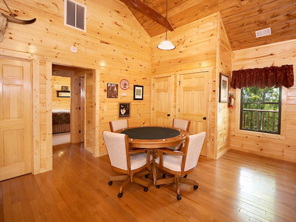 Photo of a Gatlinburg Cabin named Serenity Lodge - This is the seventh photo in the set.