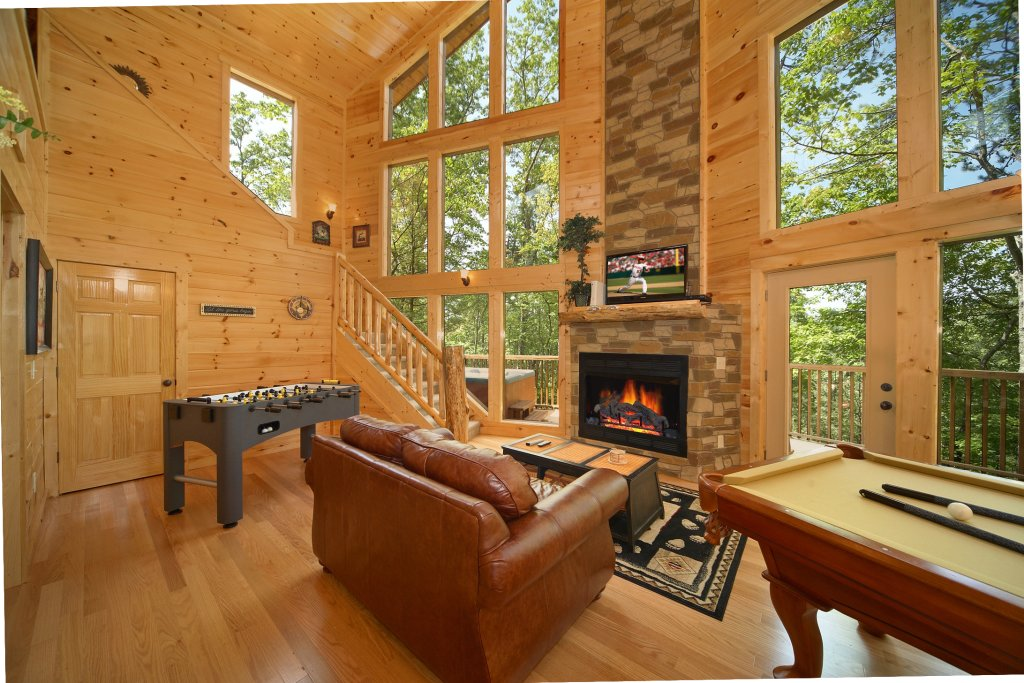Photo of a Gatlinburg Cabin named Spur Of The Moment - This is the eighth photo in the set.