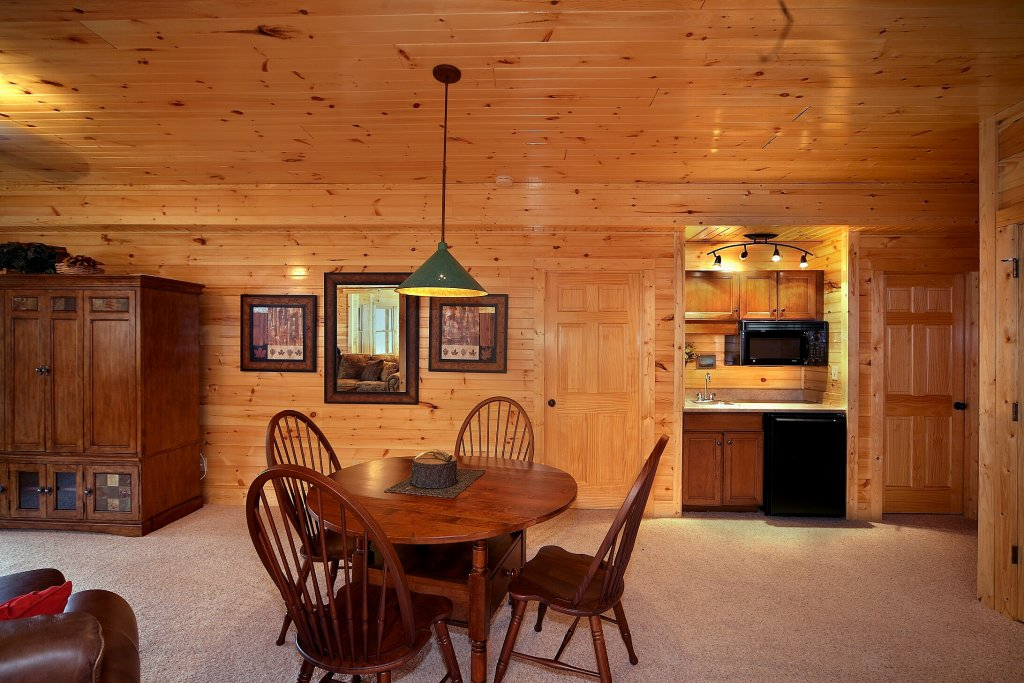 Photo of a Gatlinburg Cabin named Silvercreek - This is the tenth photo in the set.