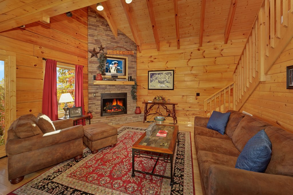 Photo of a Gatlinburg Cabin named Moonshiners Legacy - This is the sixth photo in the set.
