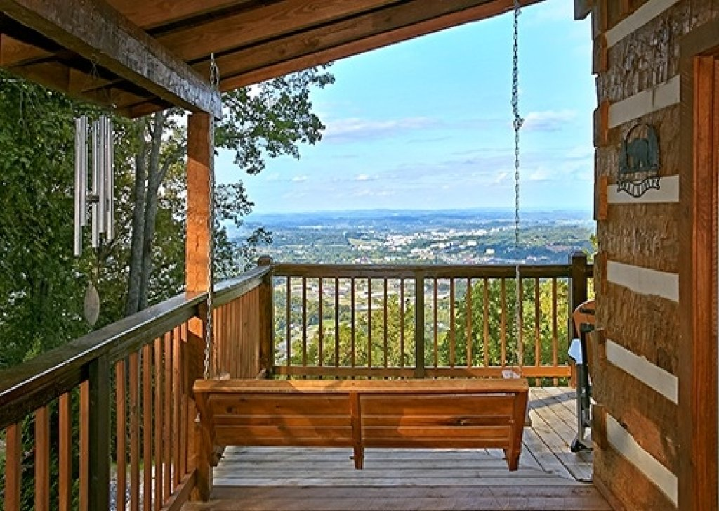 Photo of a Gatlinburg Cabin named Eagle's View - This is the twenty-sixth photo in the set.