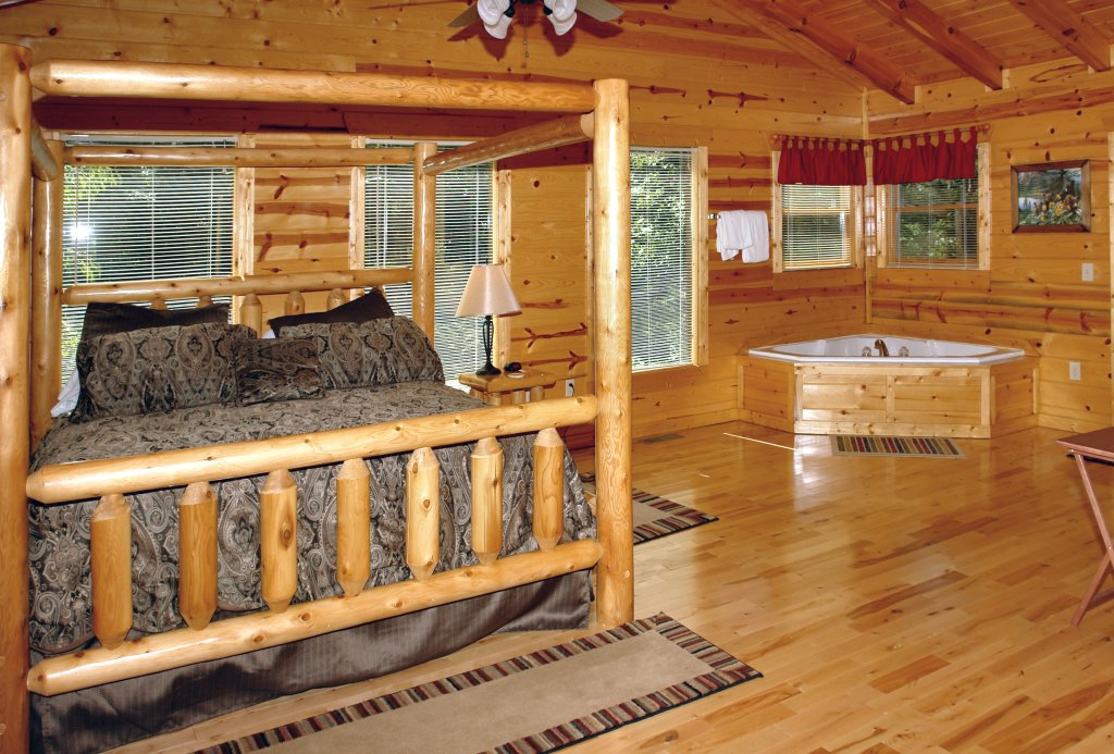 Photo of a Gatlinburg Cabin named Falcon Crest #2911 - This is the sixteenth photo in the set.