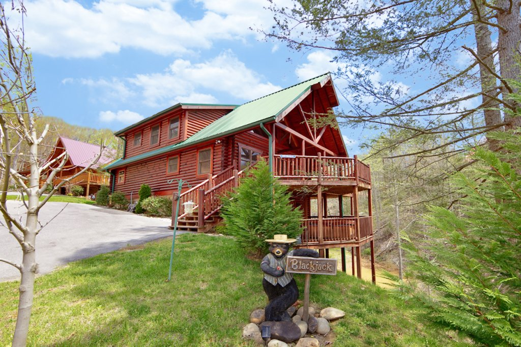 Blackjack cabin in gatlinburg w 3 br sleeps10 for Nuvola 9 cabin gatlinburg