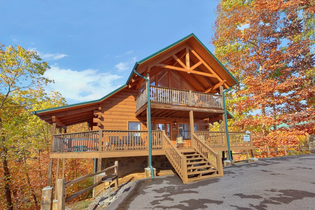 Photo of a Gatlinburg Cabin named Moonshiners Legacy - This is the nineteenth photo in the set.