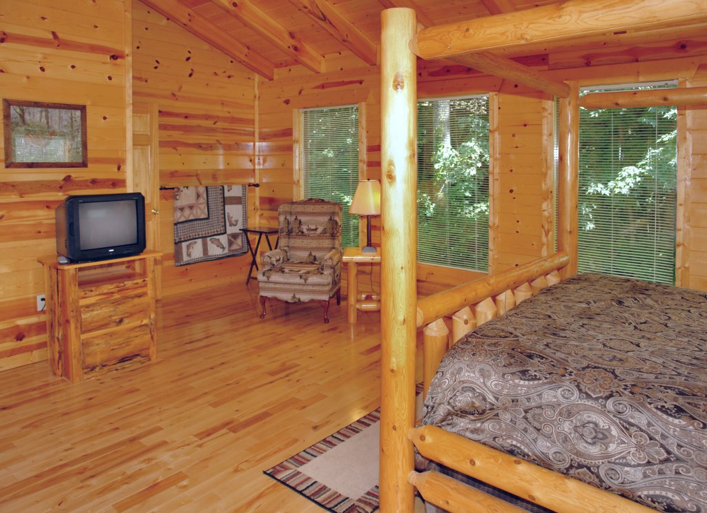 Photo of a Gatlinburg Cabin named Falcon Crest #2911 - This is the ninth photo in the set.