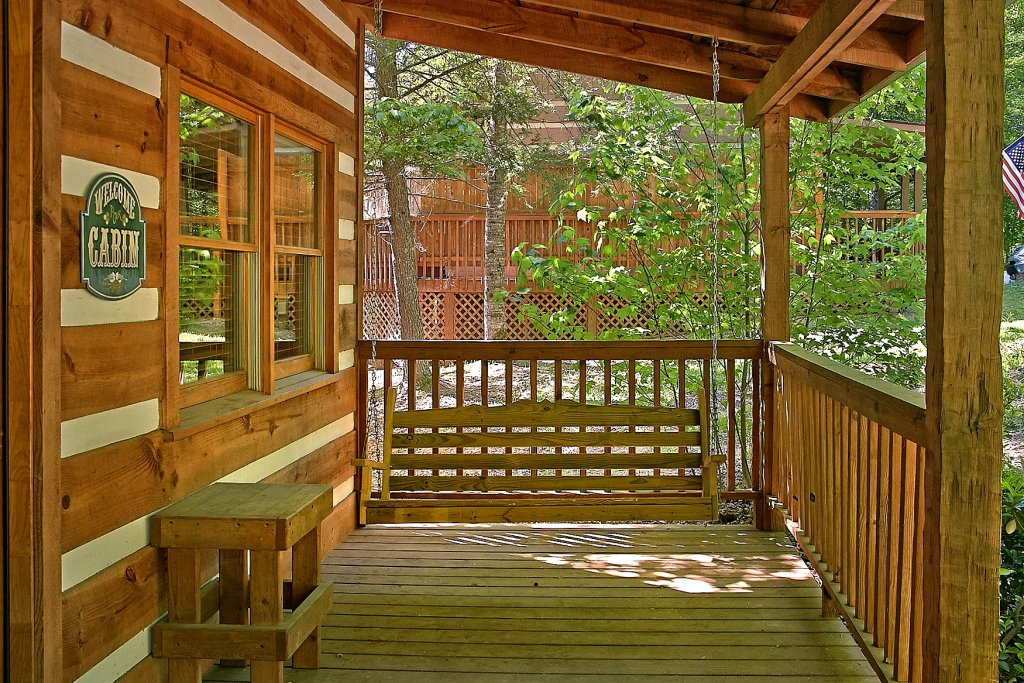 Photo of a Gatlinburg Cabin named Lots Of Lovin - This is the tenth photo in the set.