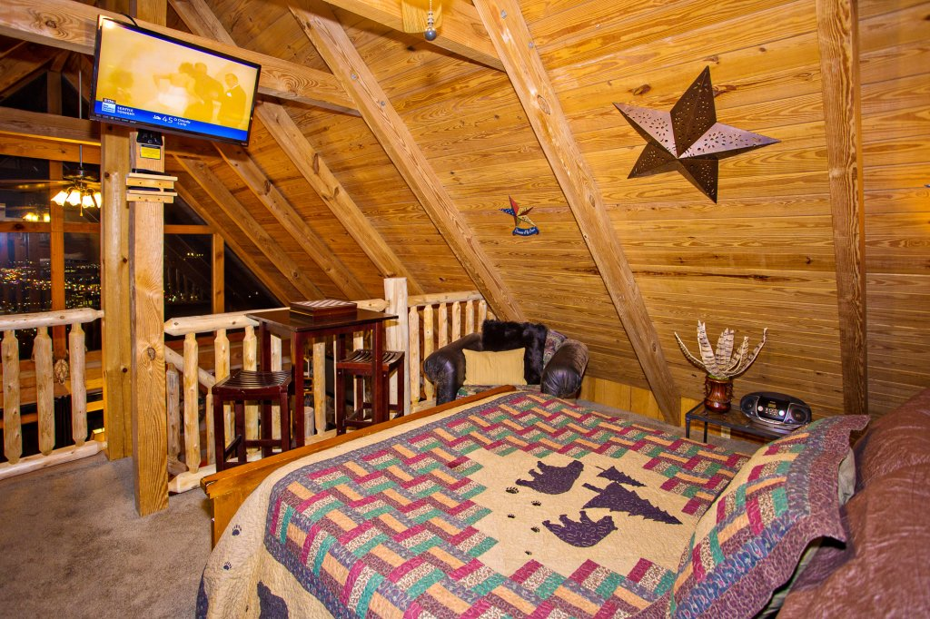 Photo of a Gatlinburg Cabin named Eagle's View - This is the fortieth photo in the set.