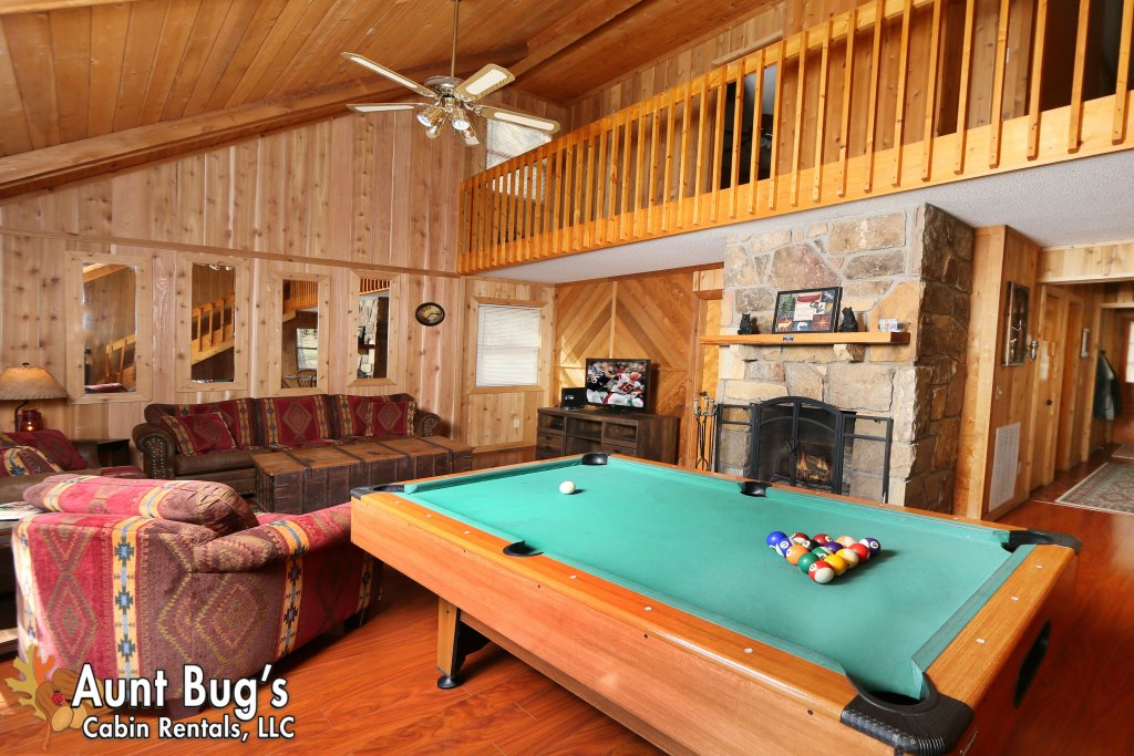 Photo of a Pigeon Forge Cabin named A Sweet Retreat #239 - This is the sixth photo in the set.