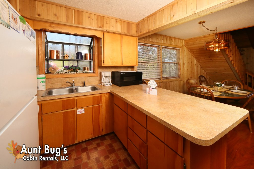 Photo of a Pigeon Forge Cabin named A Sweet Retreat #239 - This is the thirteenth photo in the set.