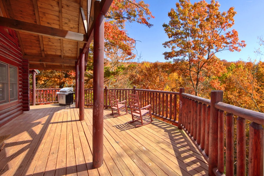 Photo of a Gatlinburg Cabin named Blackjack - This is the fourth photo in the set.