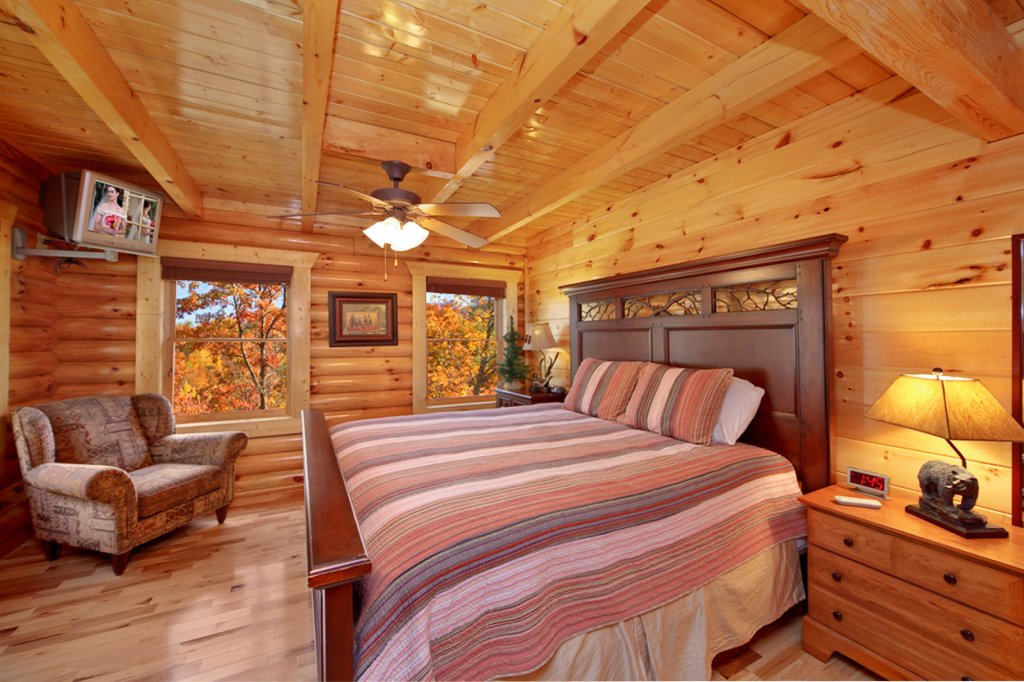 Photo of a Gatlinburg Cabin named Blackjack - This is the tenth photo in the set.