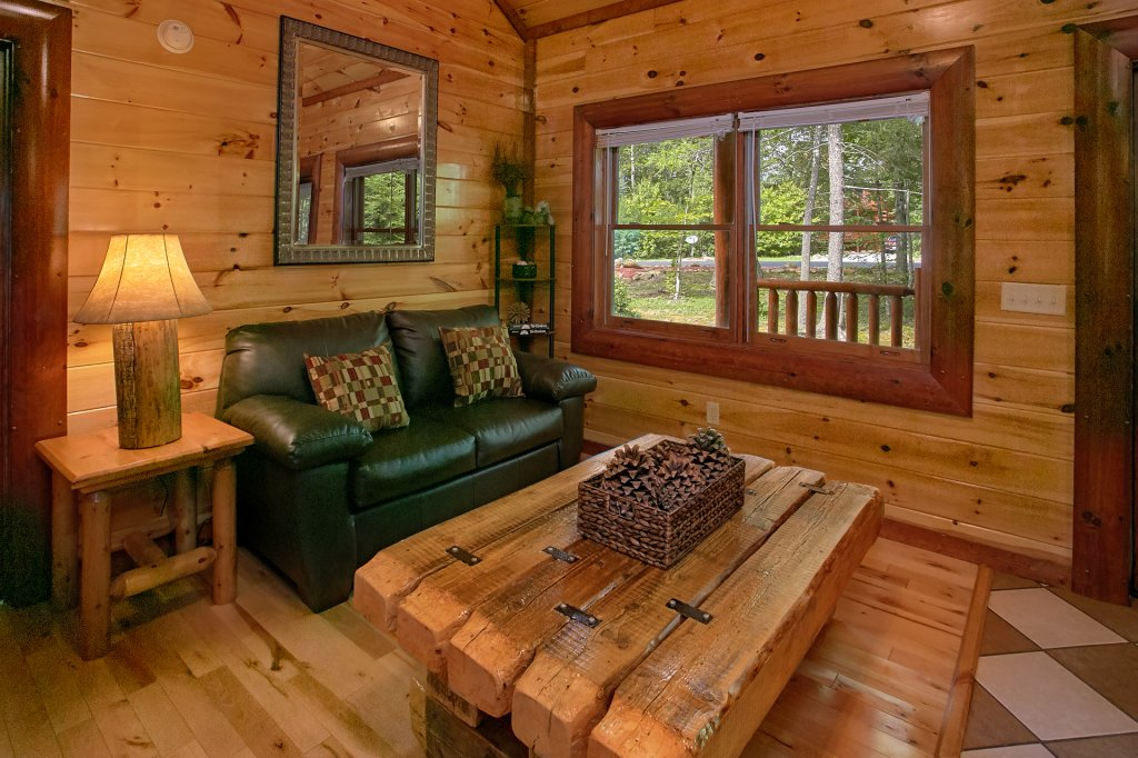 Photo of a Gatlinburg Cabin named Live, Laugh, Love Pool Lodge - This is the thirty-sixth photo in the set.