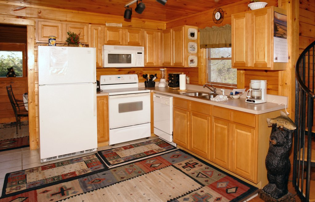 Photo of a Pigeon Forge Cabin named Almost Bearadise #289 - This is the thirteenth photo in the set.