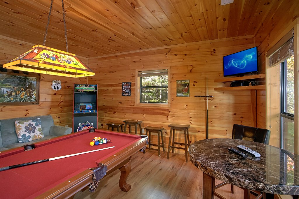 Photo of a Gatlinburg Cabin named Bear Splash #409 - This is the fourth photo in the set.