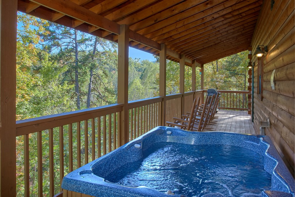 Photo of a Gatlinburg Cabin named Bear Splash #409 - This is the ninth photo in the set.