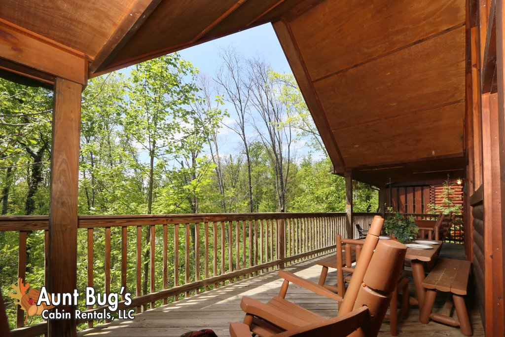 Photo of a Pigeon Forge Cabin named Smoky Mountain Getaway #435 - This is the thirteenth photo in the set.