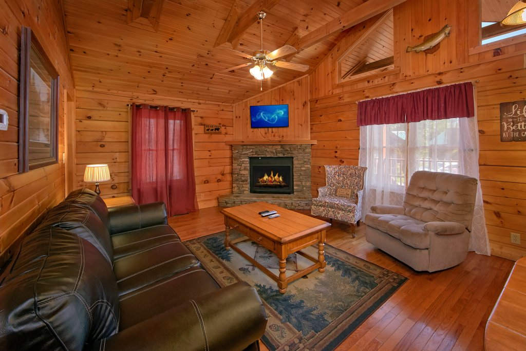 Photo of a Gatlinburg Cabin named Suite Harmony #243 - This is the fifteenth photo in the set.