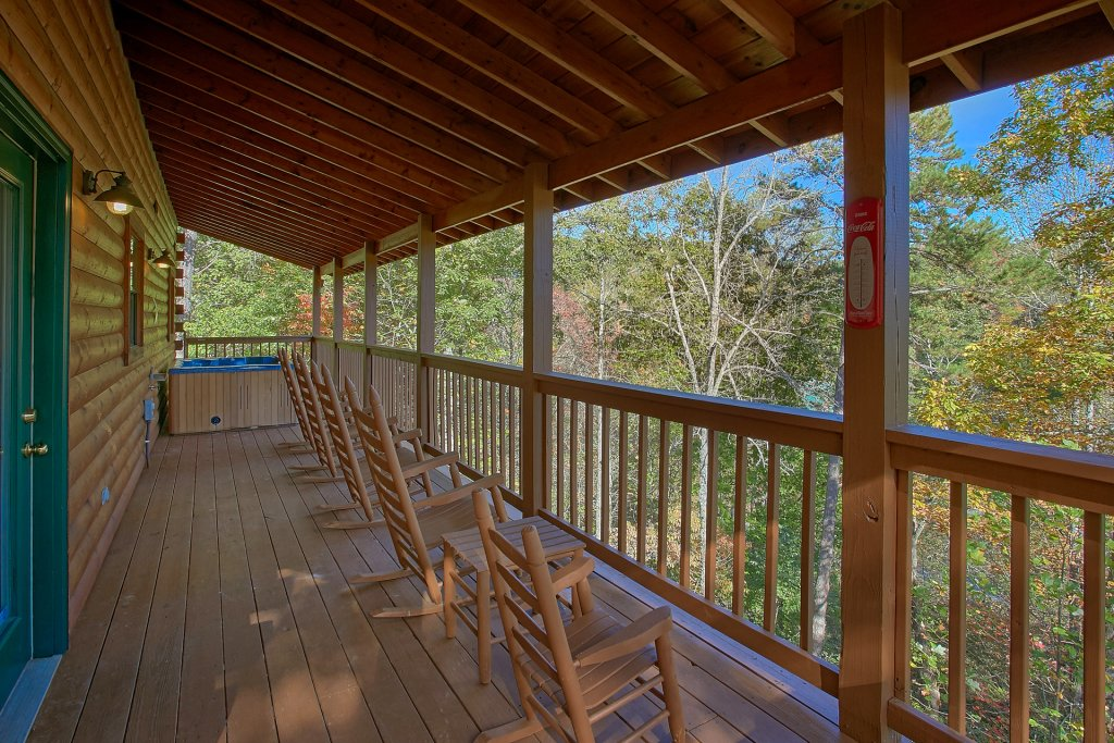 Photo of a Gatlinburg Cabin named Bear Splash #409 - This is the fourteenth photo in the set.